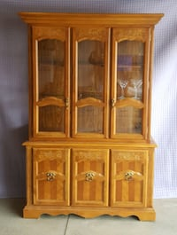 Solid Wood China Cabinet Fort Erie, L0S 1N0
