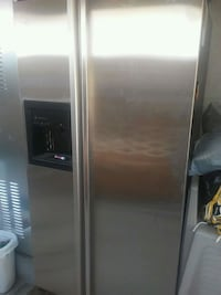 stainless steel side-by-side refrigerator with dis San Diego, 92105