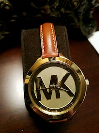 round gold Michael Kors analog watch with brown le Commack, 11725