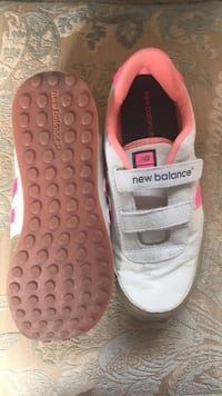 pair of white-and-pink Adidas sneakers Middleburg, 20117