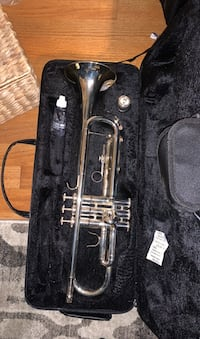 Trumpet with case and stand