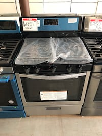 Whirlpool stainless steel gas stove *New Scratch&Denr* Reisterstown, 21136