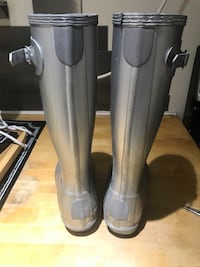 Hunter boots size 6y Vancouver, V5M