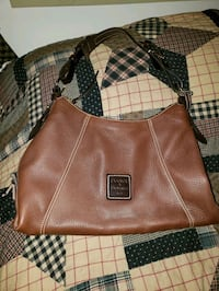 Dooney and Bourke purse Hagerstown, 21740