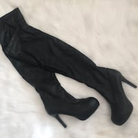 Black thigh high heel boots size 9 fur lined New Westminster, V3M
