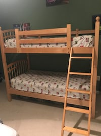white wooden bunk bed frame Ashburn, 20147