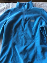 Lyseblå fleece med zip fra NORTH Face str. M Geilo, 3580