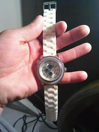 round silver-colored chronograph watch with link bracelet San Antonio, 78222