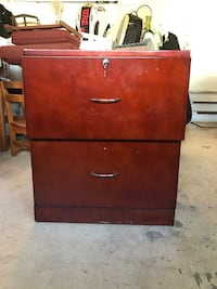 2 drawer lateral file cabinet. Letter size files  Brookeville, 20833