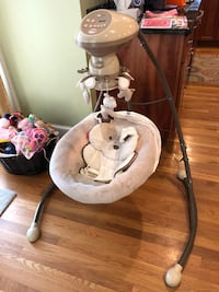 Baby's white and gray cradle and swing Andover, 01810