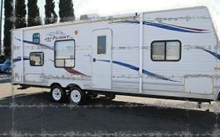 2010 Jayco Jay Flight  Camper has retractable power awning