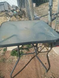 Nice table with umbrella no chairs sale trade obo Midland, 79701