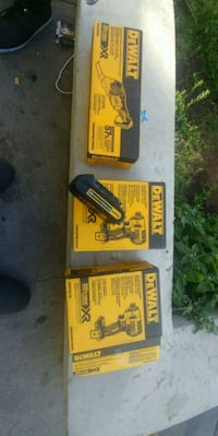 Dewslt impact Drivers.  Multi Tool and 20v Battery