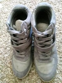 pair of gray Air Jordan basketball shoes Suitland-Silver Hill, 20746