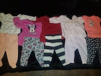 5 - 2 piece outfits  EUC  3-6mths Guelph, N1H 6Y9