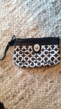 Small Coach Wristlette Brookhaven, 30319