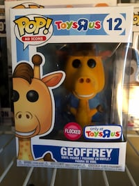 Pop ! Toys r Us exclusive vinyl figure