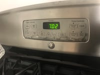 GE Gas Range Stove. Works perfect. Wife wants a new one bc this doesnt match the other appliances. Centreville