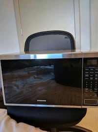 1.4 CU.FT. COUNTERTOP MICROWAVE (BLACK STAINLESS S Silver Spring, 20910