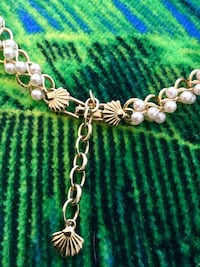 Very pretty fashion designers necklace with sea shell clasp / From Macys Alexandria, 22311