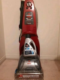 Bissell pro heat 2x with solution  Toronto, M1B