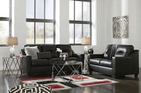 Kensbridge Black Living Room Set Houston, 77019