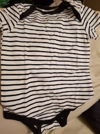 Vit och svart stripe onesie Gothenburg, 421 38