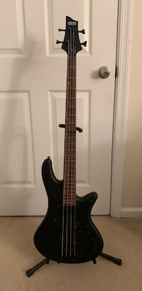 Schecter bass guitar Fairfax, 22031