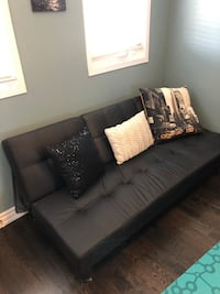 Faux leather futon Mississauga, L5N 6W7