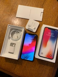 Price is firm. Apple iPhone X 256gb Verizon w/ apple care (read details) Milwaukee, 53215