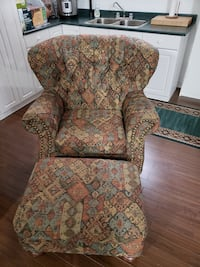 Chair and Ottoman, Excellent Condition! Bolton, L7E 1X4