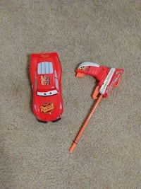Disney Pixar Cars 95 Lightning McQueen plastic toy