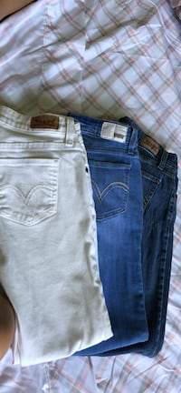 two blue and black denim jeans Bedford, 76021