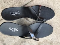 Pair of black leather sandals size 8 Arlington, 22205