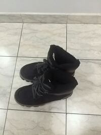 Comfortable and Warm Spring Shoes for Men Toronto, M1B 4T2