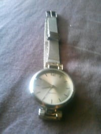 round silver analog watch with link bracelet Holtville, 92250
