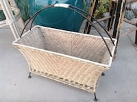 Wicker magazine rack Oceanside, 92057