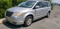2008 - Chrysler - Town and Country UPR MARLBORO