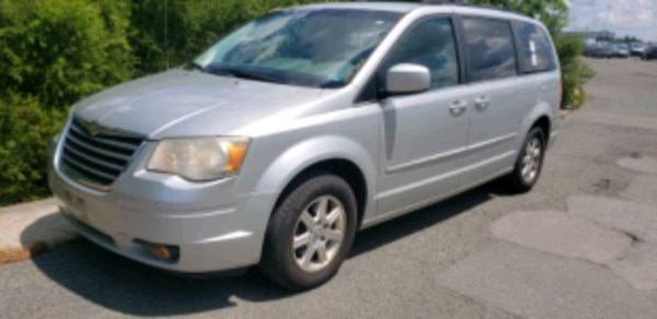 2008 - Chrysler - Town and Country