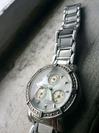 round silver chronograph watch with link bracelet Baltimore, 21224