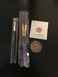 Makeup and Brush Bundle