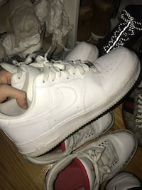 Air Force one low size 10 lightly used
