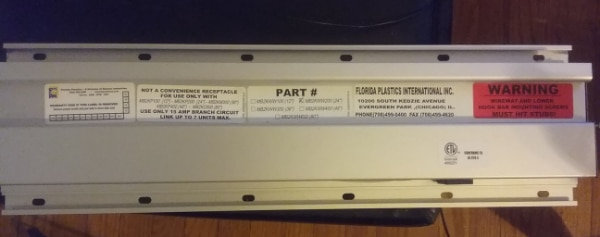 Commercial LCD Display Wall Mount w/power