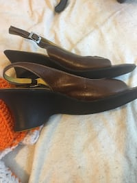 Clark leather sandals. Size 6.5 Ooltewah, 37363