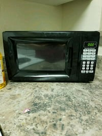 black Hamilton Beach microwave oven Temple Terrace, 33637