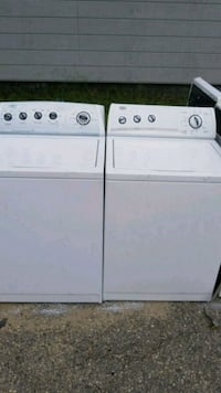 white washer and dryer set Fayetteville, 28301