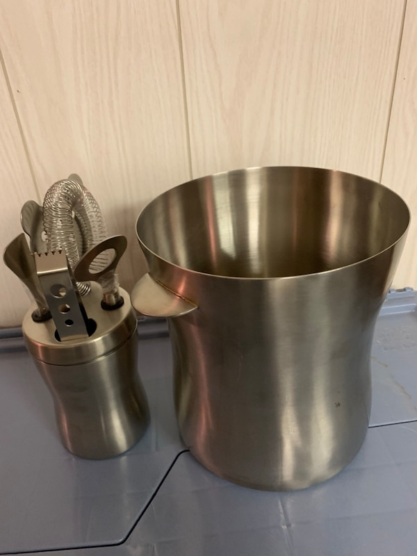 stainless steel ice bucket & bar accessories
