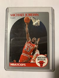 1990 NBAHOOPS Michael Jordan Basketball Card