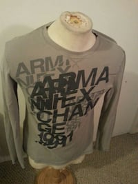 Armani exchange long sleeve size M Edmonton, T5N 3A1