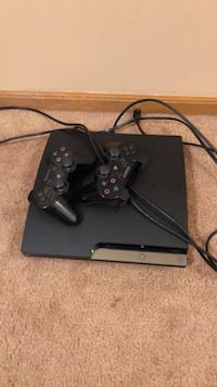 PS3 with 2 controllers  Minooka, 60447